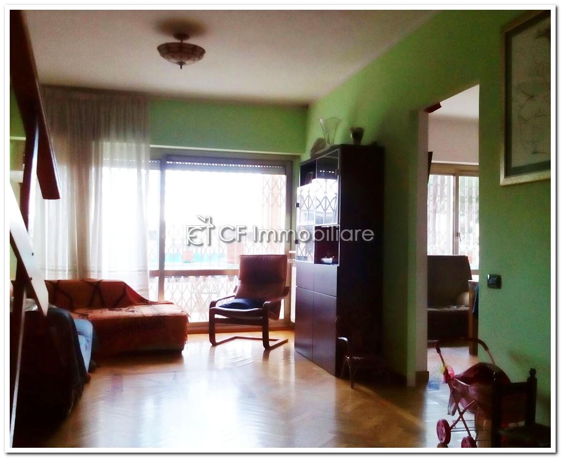 Appartamento Fonte Meravigliosa via Elio Lampridio Cerva