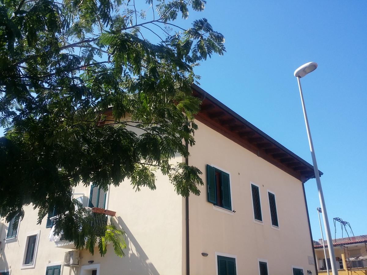 Fiumicino paese, adiacente a via Portuense ampio monolocale, di recente costruzione.