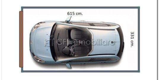 Garage/box/deposito Fiumicino vendesi adiacente Darsena Turistica e al mare.